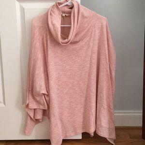 Umgee sweater/poncho like.